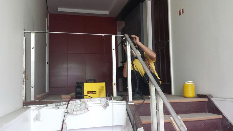 Glass Stair Railing Side Post Mounted Progress